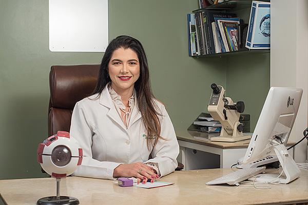 Dra. Hissa Tavares, oftalmologista, Sociedade Cearense de Oftalmologia, SCO